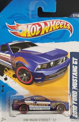 Hot Wheels Main Street - 2010 Ford Mustang GT