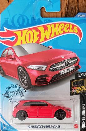 Hot Wheels Nightburnerz - '19 Mercedes-Benz A-Class
