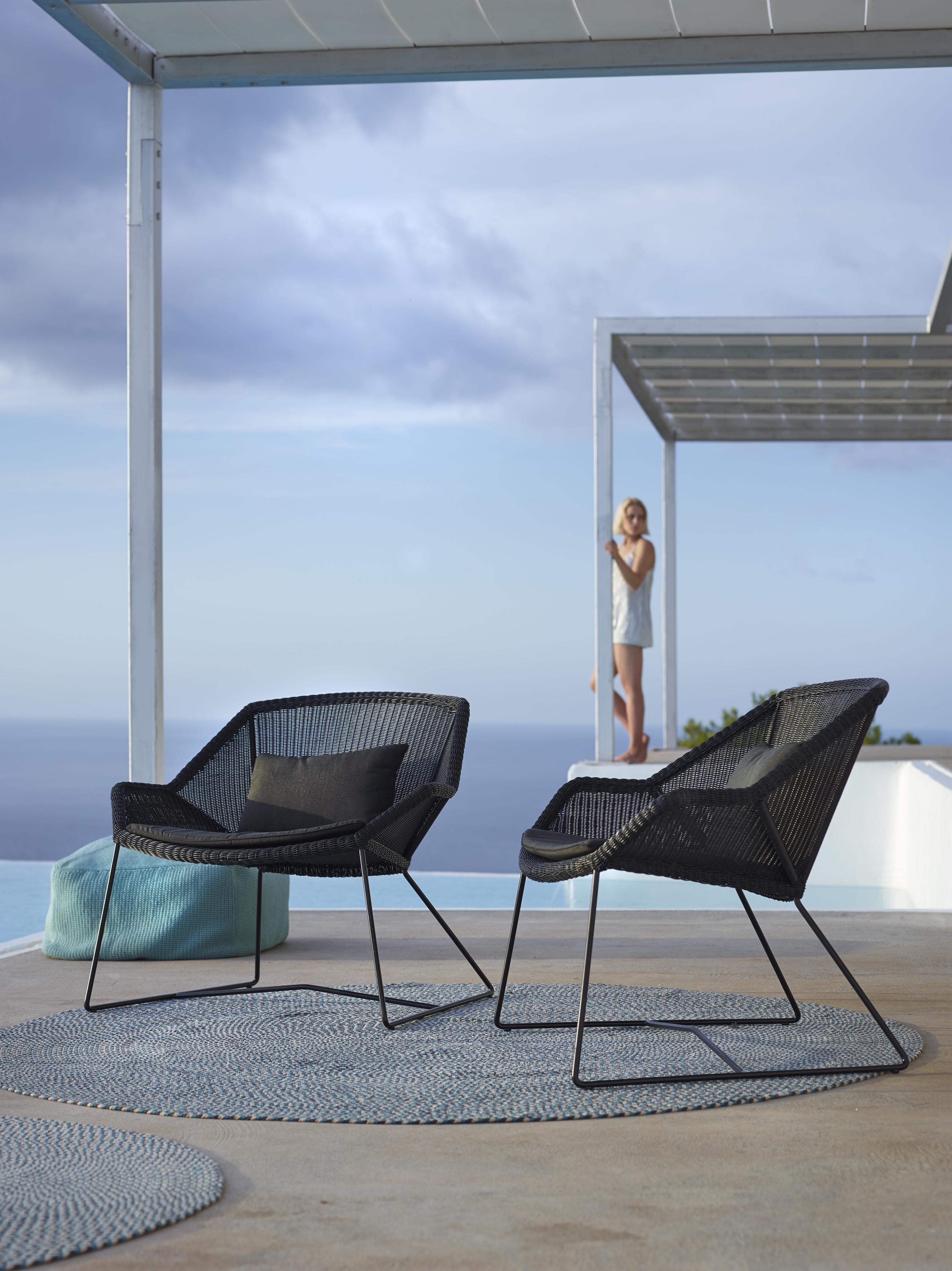 outdoor-furniture_breeze-lounge-1