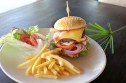 64 Beef burger_low