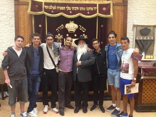 french tourist visiting new york, hotels, jewish sites ,repas de shabat, visites des quartiers juifs
