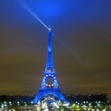 La Tour Eiffel En Bleu