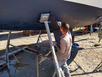 Sailing boat maintenance
