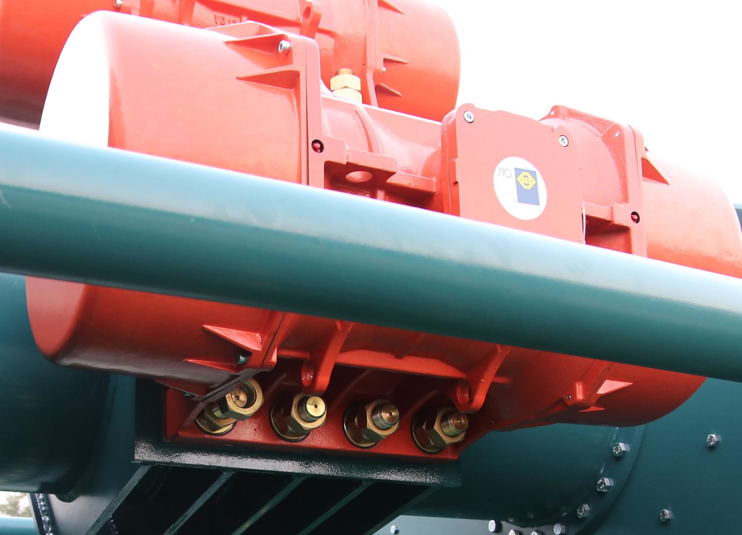 Screen Motor Close Up.jpg