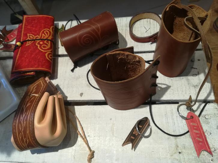 Maroquinerie et objets en cuir