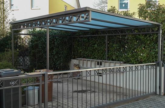 toreinfahrt-vordach-beschichtet-db703-01