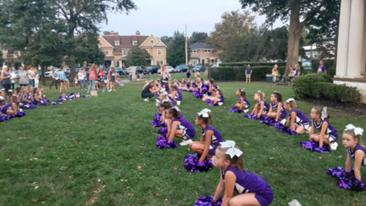 Cheerleaders Rock V-I-C-T-O-R-Y Park