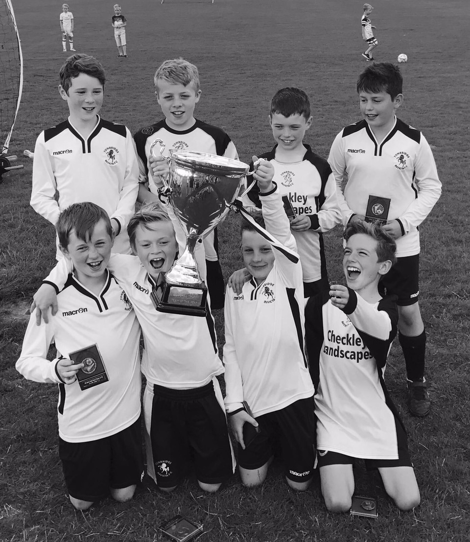U11's win their league