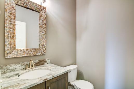 16 - Bathroom-2.jpg
