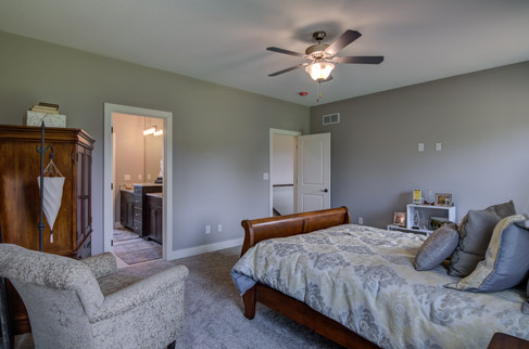 06 - Master Bedroom-6.jpg