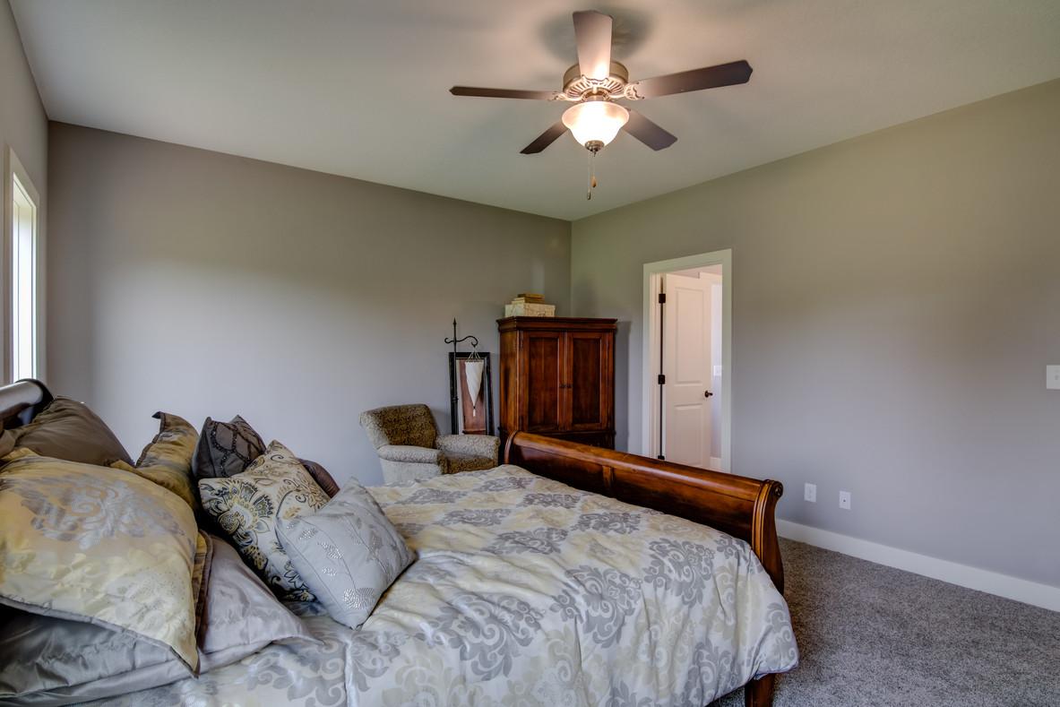 06 - Master Bedroom-3.jpg
