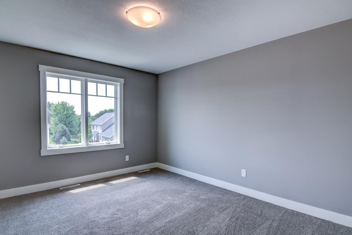 11 - Upper Level Bedroom - 2-1.jpg