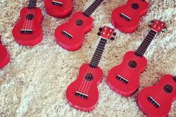 toy choir 6
