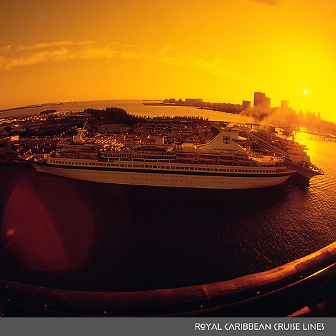 Royal Caribbean Cruise Lines 1000.jpg