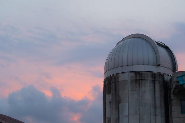 天文館の夕暮れ