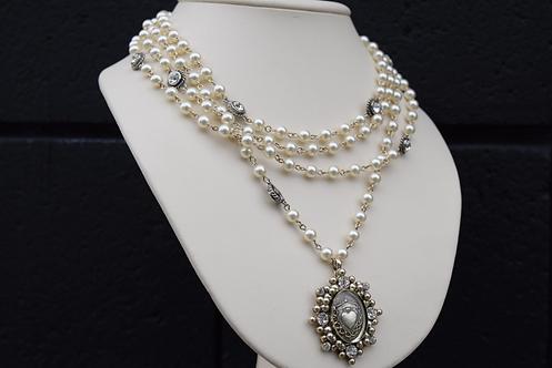 VSA Silver Cloister San Benito Magdalena w/ 6mm Cream Pearls & Silver Crystals