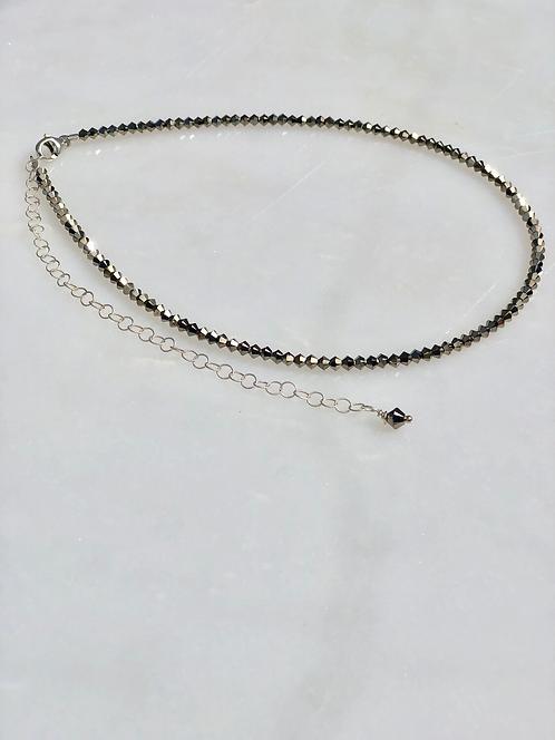 Light Gold Metallic Necklace/Choker