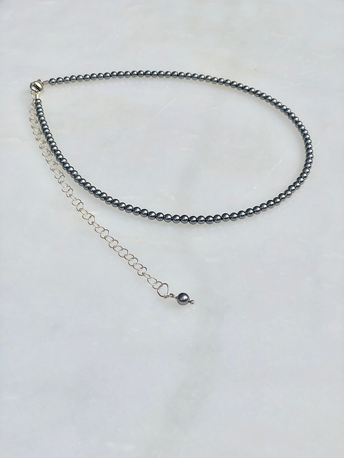 """13-18"""" Grey Pearl Necklace/Choker"""