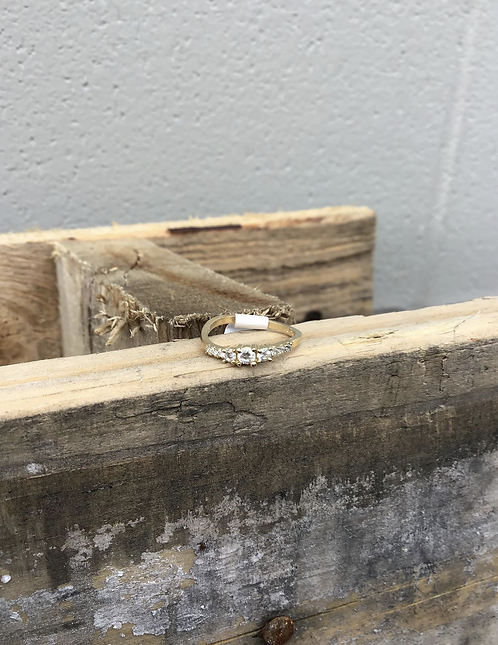 Size 2.5 10K Yellow Gold CZ Band Baby Ring with 3 Center Stones