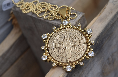 """VSA 34"""" Vivienne Gold Tone Large San Benito Coin with Clear Crystal Necklace"""