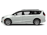 Chrysler Pacifica.png