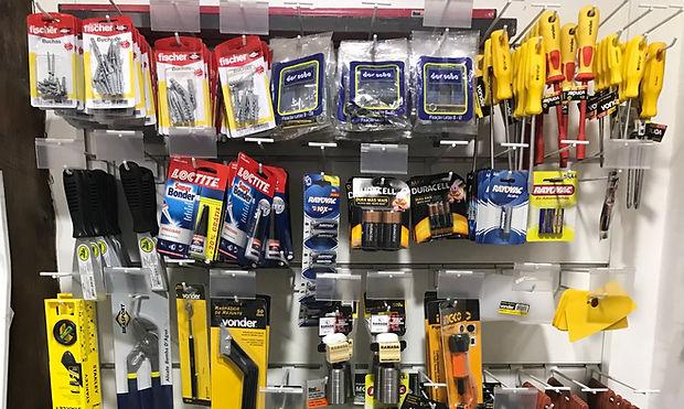 ferramentas manuais e eletricas