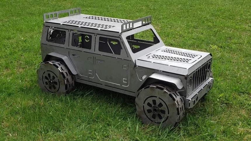 4-Door Jeep Fire Pit