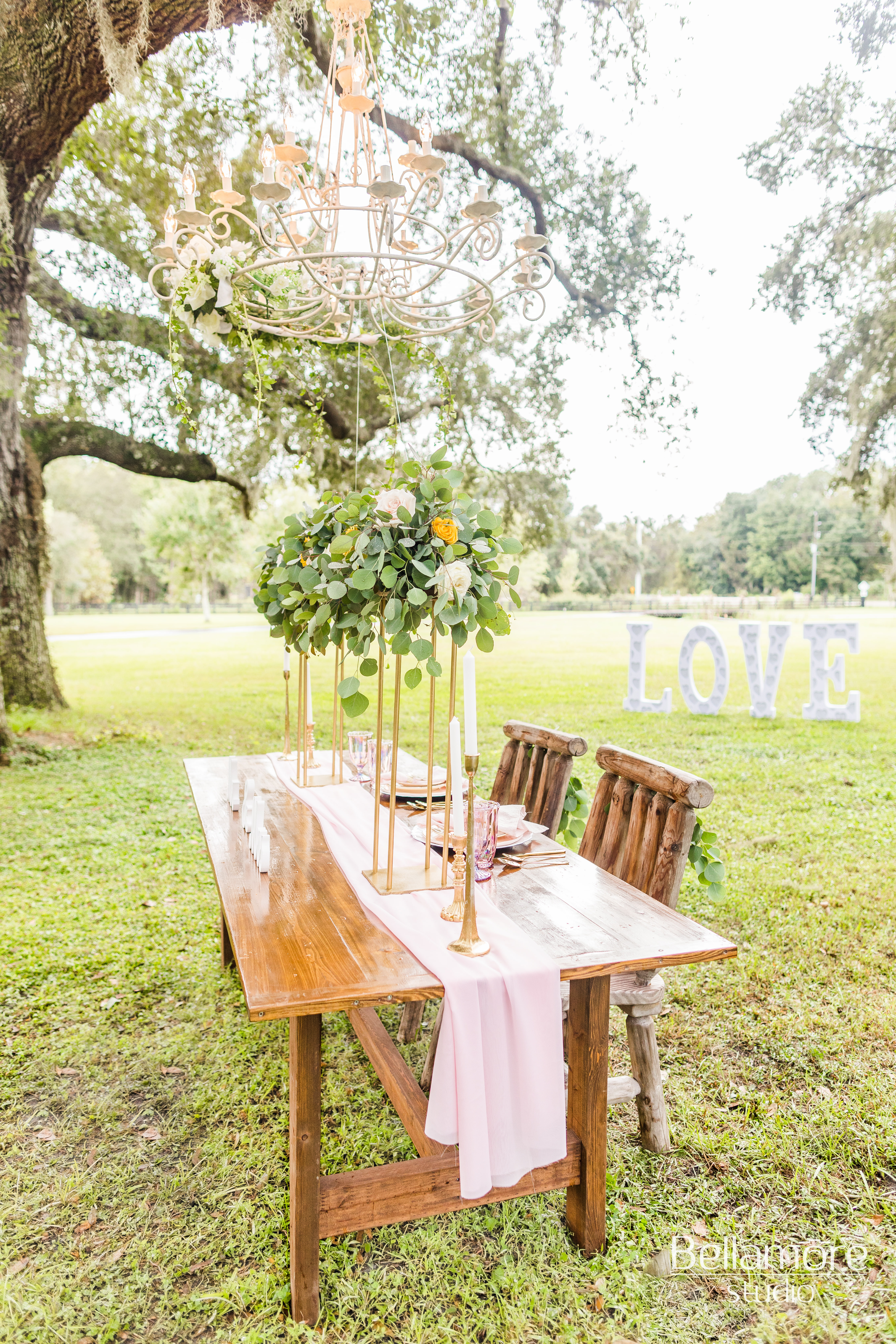 The Green Cabin Styled Shoot_053