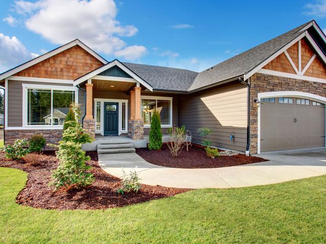 house landscaped_2x.jpg