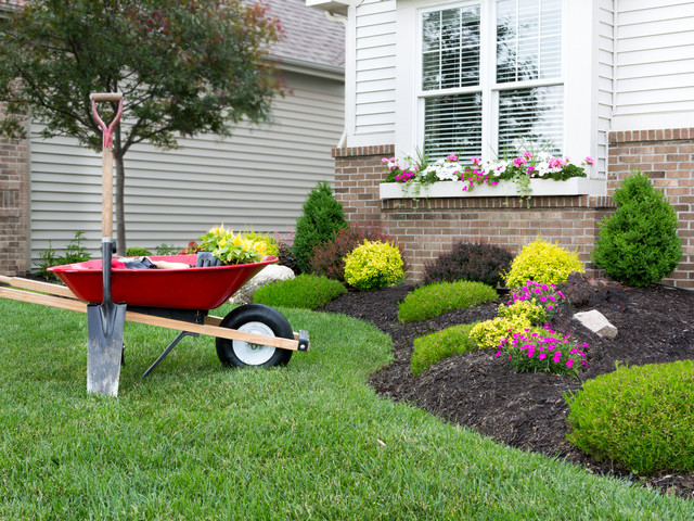 landscaping2_2x.jpg