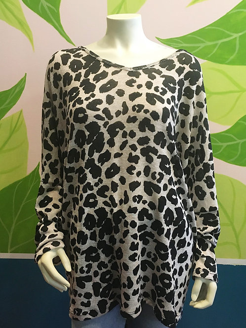 Be Stage - Plus Size Leopard Top
