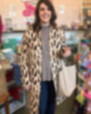 LEOPARD-GRACE-MODEL-BLUR.jpg