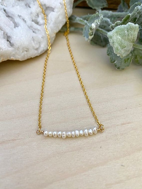 The Girl With The Pearl - White Pearl Bar Necklace