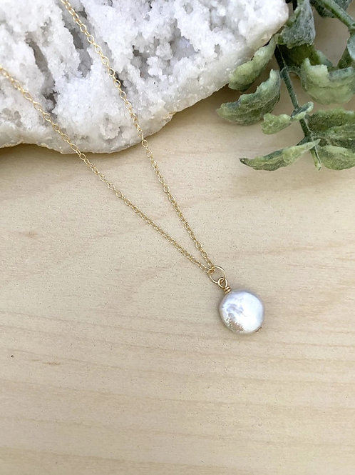 Girl With The Pearl - Dainty White Coin Pearl 14k Gold Fill Necklace