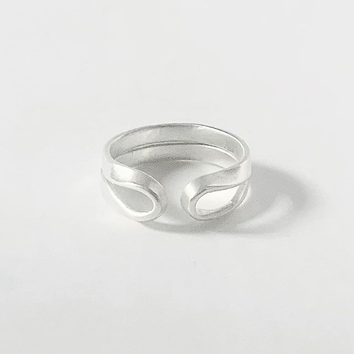 Jillery Designs - Ribbon Band 2 Ring Adjustable Size