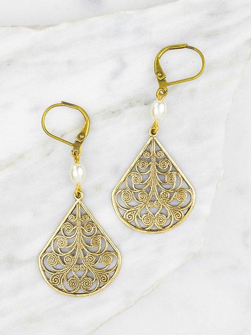 Grandmother's Buttons - Pearl Fanfare Earrings