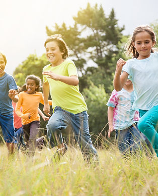 Barn-leker-utomhus-sparreholms-skola.jpg