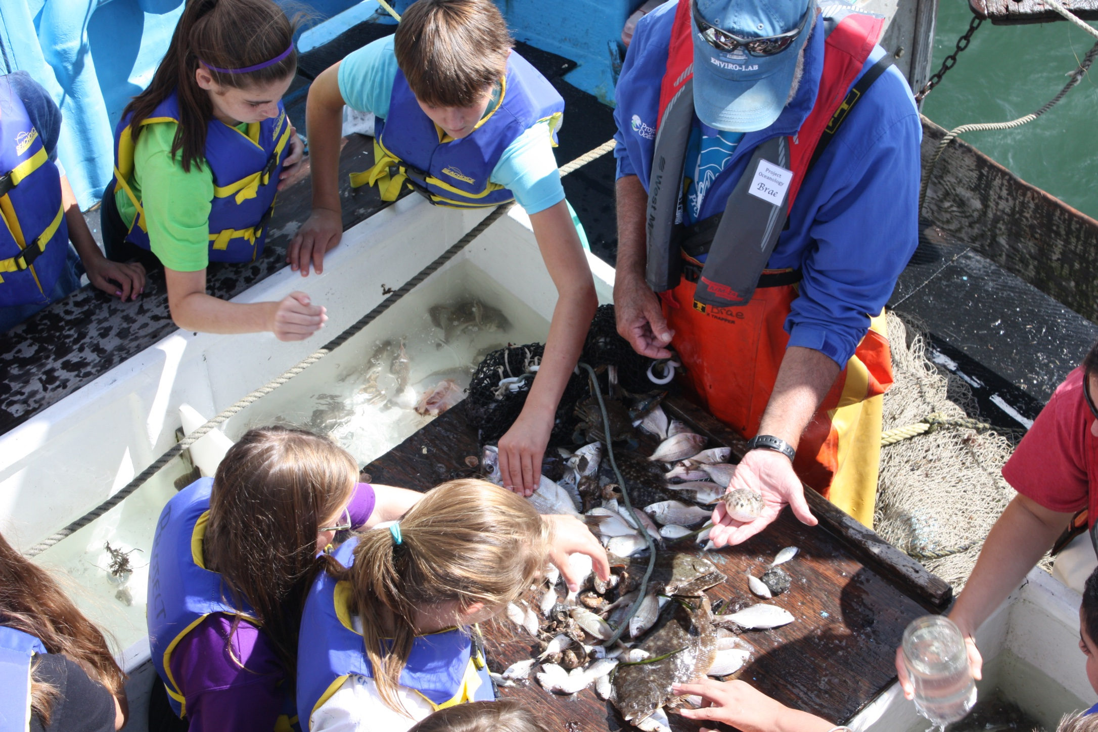 ProjectOceanology_Marine-Sciences-Education_Salem-Middle-School_EnviroLab