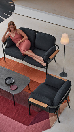 capa-2-seat-sofa-product-gallery-vertica