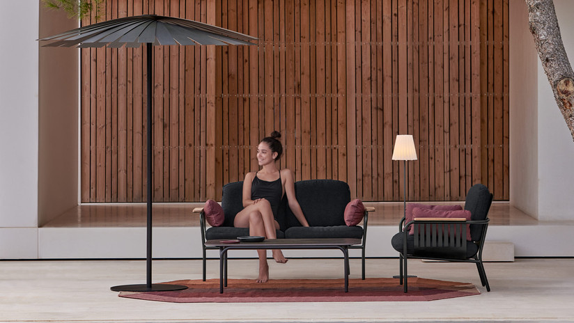 capa-2-seat-sofa-product-gallery-horizon