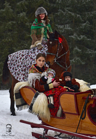 Kumoterki i Parada Gazdowska -  Bukowina Tatrzańska - Poľsko