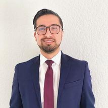 Dr. Raymundo López Valles