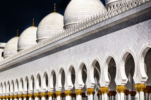 stock-photo-sheikh-zayed-grand-mosque-ua