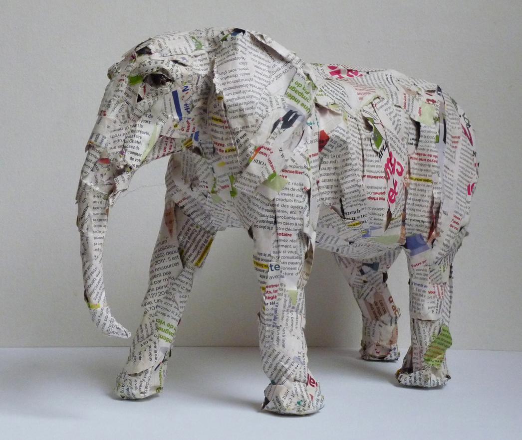 Copie de Elephant 12 profil gauche