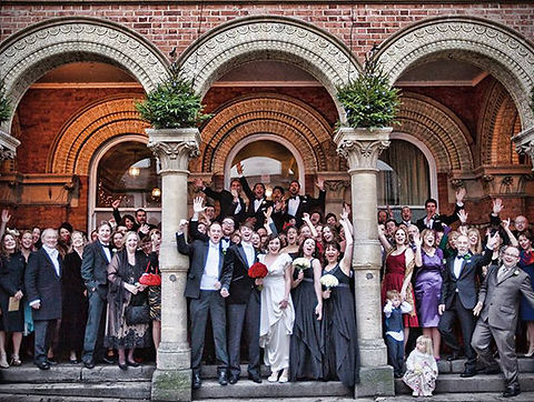 wedding_group_town_hall_steps_hungerford