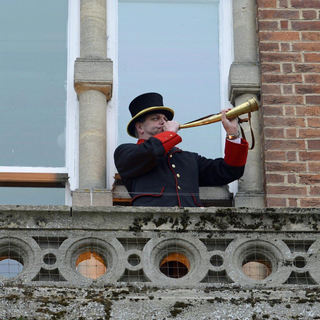 bellman-julian-tubb-calling-the-commoner