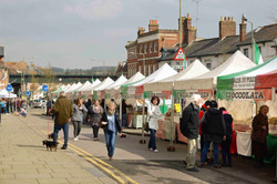 Italian-market-hungerford-town-and-manor