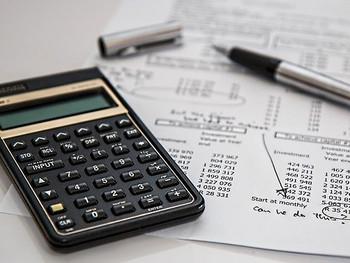 キッチンカーの収支計算について