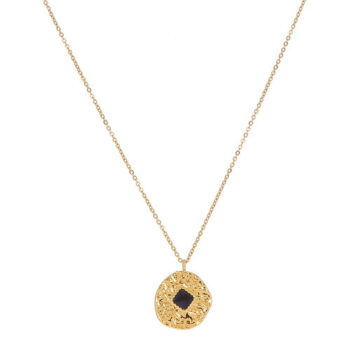 Collier doré avec pendentif rond effet martelé et pierre naturelle noire - Ikita