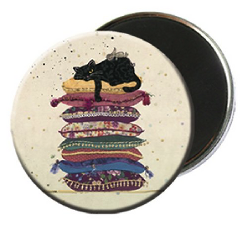 MAGNET ROND BUG ART CHAT COUSSIN